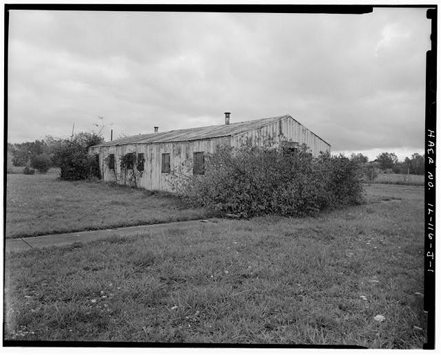 PX (SUPPLY STORE), FRONT AND LEFT SIDES, LOOKING SOUTHEAST