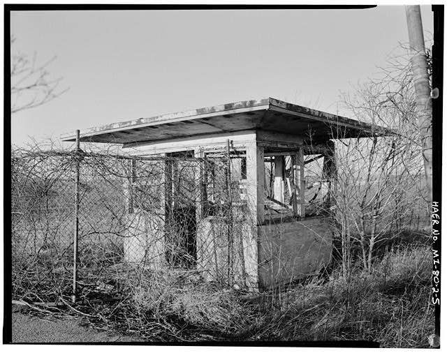 VIEW NORTHWEST, guard shack, missile silo area