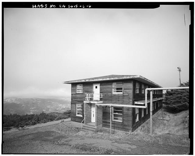 Mill Valley Early Warning Radar Station   OBLIQUE VIEW OF THE BACHELOR AIRMEN QUARTERS, BUILDING 210 LOOKING NORTH.