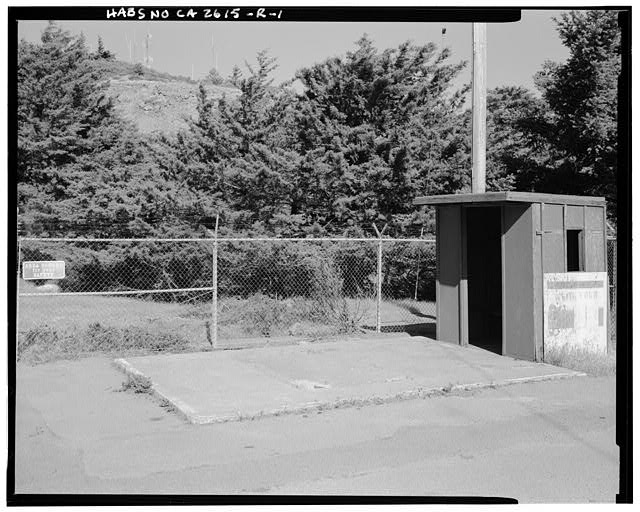 Mill Valley Early Warning Radar Station  EXTERIOR VIEW OF THE REMAINS OF BUILDING 302, THE MILL VALLEY AIR FORCES STATION GUARDHOUSE, LOOKING EAST.